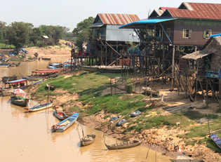 Kambodscha dreckiger Fluss