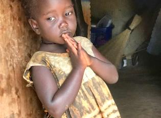 Hygienemaßnahmen für Kinder Afrika