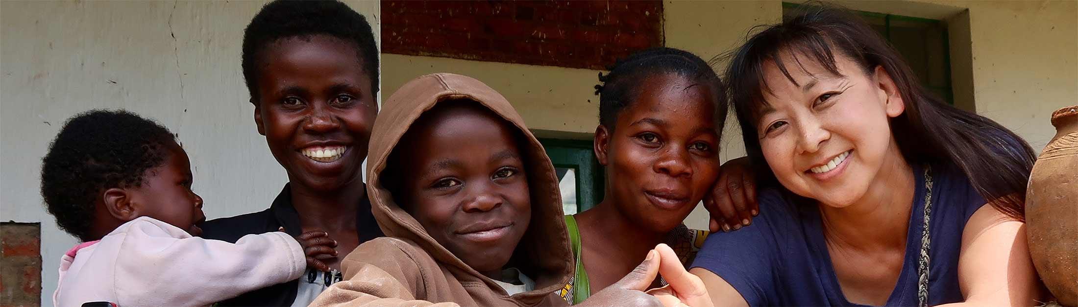 Kristy Scott besucht Projekt von Hoffnung fuer Kinder