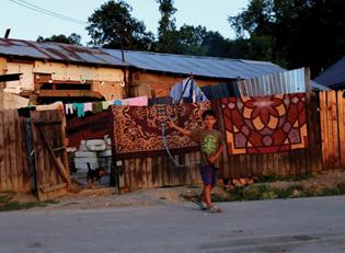 Rumaenien Roma Dorf